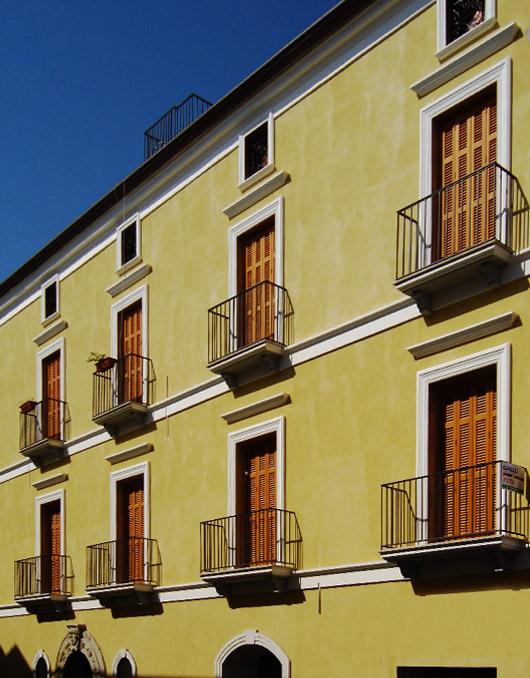 Cornici marcapiano m5 per facciate - Cornici per finestre esterne prezzi ...