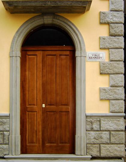 Cornici in cls per porte esterne ad arco - Cornici per finestre esterne prezzi ...