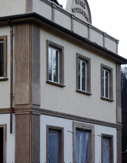 Decoro in cemento per facciate ed edifici