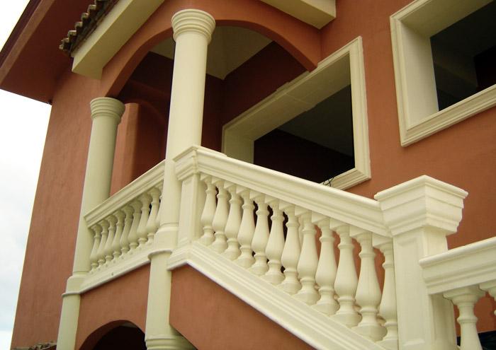 Ringhiere in cemento per balconi terminali antivento per for Ringhiere prefabbricate prezzi